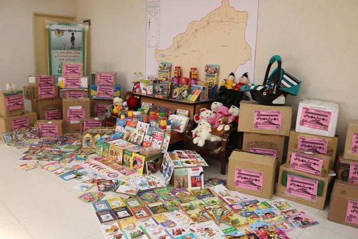 اهدای 18 هزار جلد کتاب به سیل زدگان